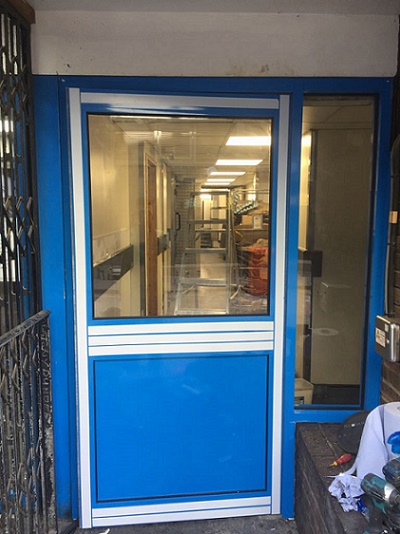 Aluminium-Door-Installer-in-Holborn-Central-London