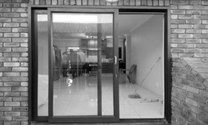 Aluminium-Sliding-Doors
